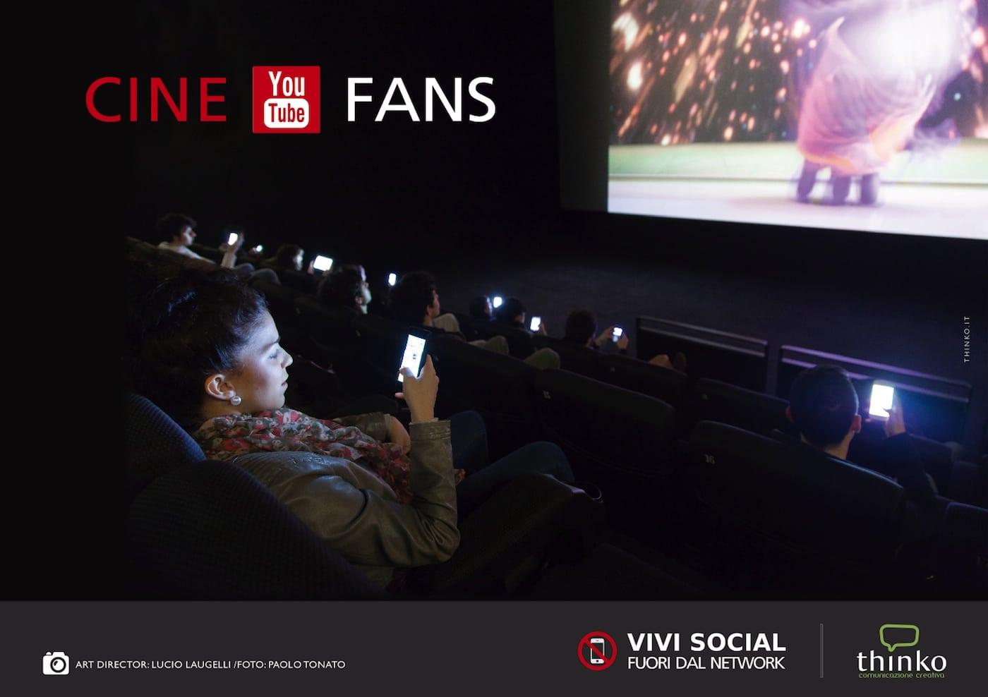 L'uso di smartphone al cinema